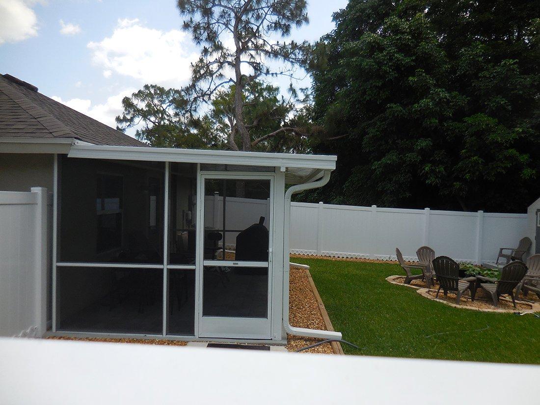 Pan Roof Screen Enclosure